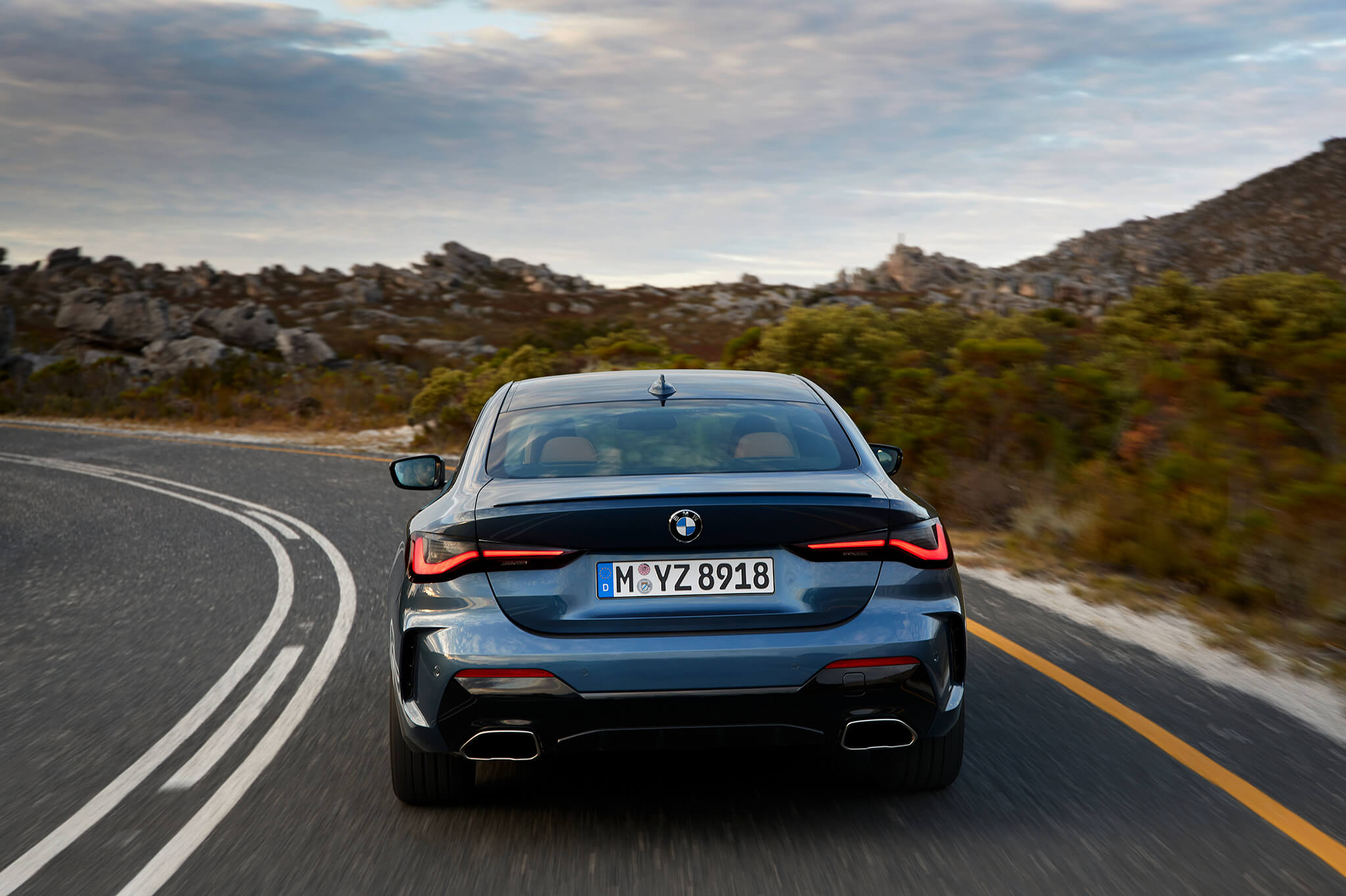 2020_BMW_Serie_4_Coupe_45